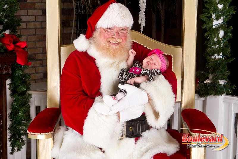 Santa Dec 8-220.jpg