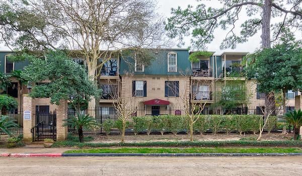Briar Hollow Pl. - Houston, TX