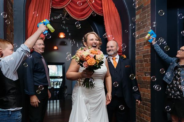 Jo and Mark: Qld Registry Office wedding