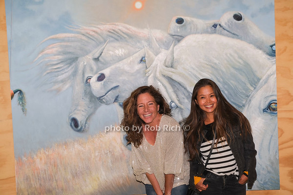 Lauren West  artwork Opening reception at Tripoli Gallery in Wainscott on 10-9-21.  all photos by Rob Rich/SocietyAllure.com ©2021 robrich101@gmail.com 516-676-3939