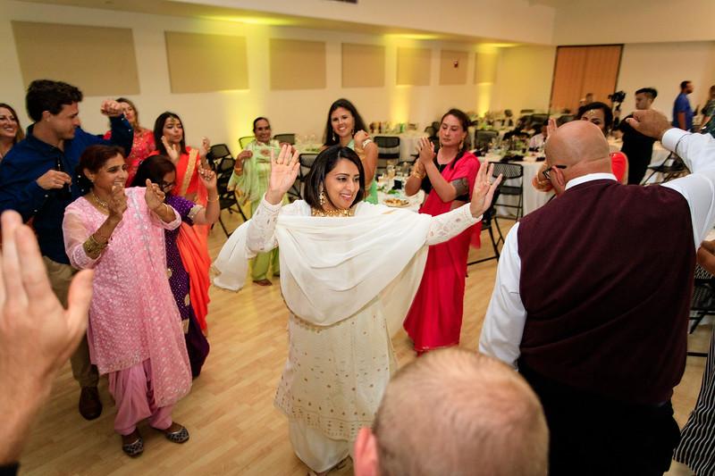 Neelam_and_Matt_Gurdwara_Wedding-1709.jpg