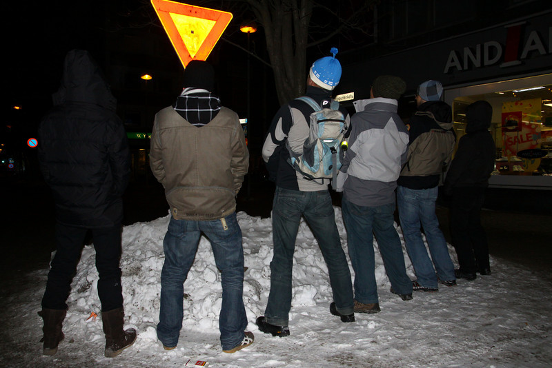 People pee on ice... so do we.