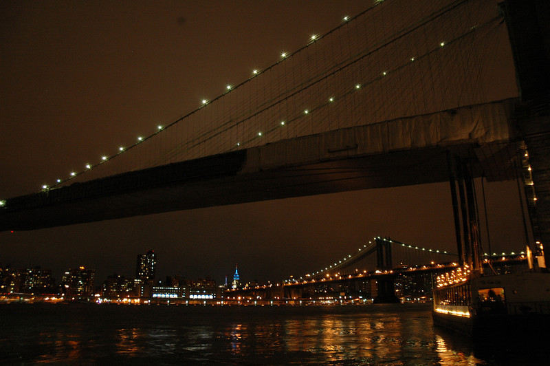 The Brooklyn Bridge and in the foreground, the Manhattan Bridge