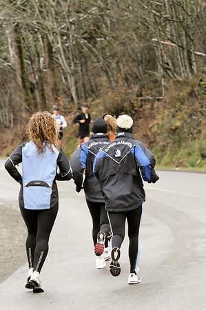 2005 Comox Valley Half Marathon - ComoxHalf2005-Al-Livsey-080.jpg