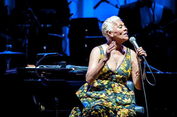 Dionne Warwick - Royal Albert Hall