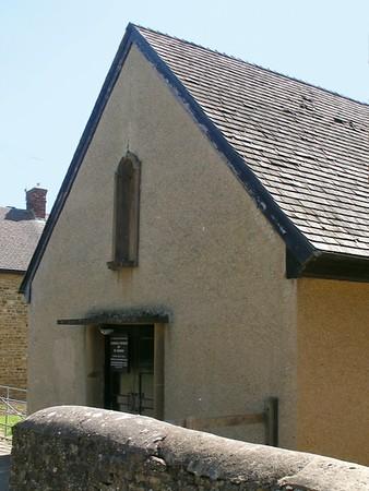 St George, Roman Catholic, Round Close, Adderbury, OX17 3EE