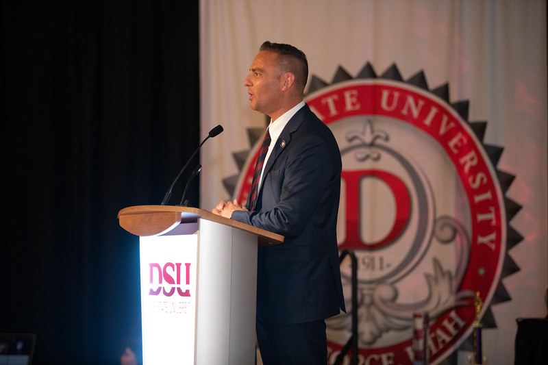 PREZ AWARDS 2019-9465.jpg