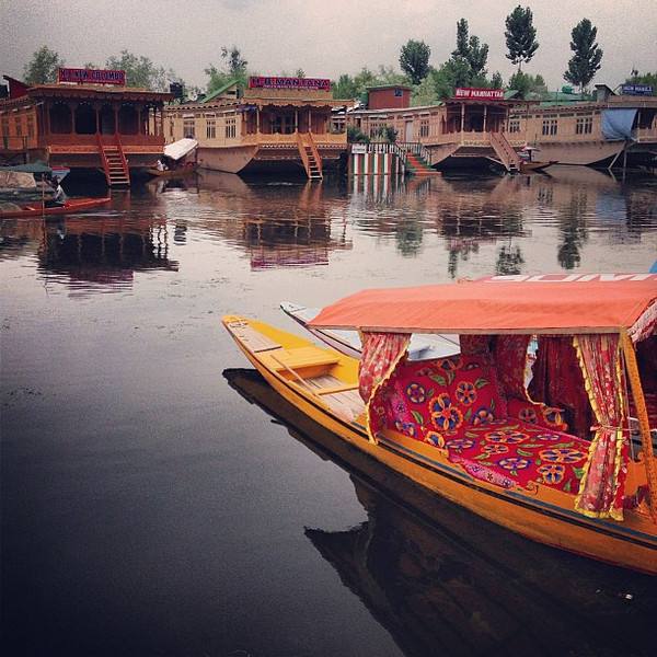 Time for a boat ride on the candy cruiser.  Dal Gate, Srinagar #Kashmir