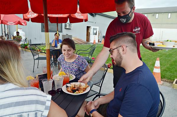 Bennington restaurants reopen - 060920
