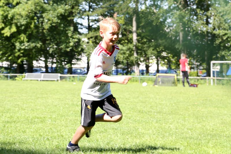 hsv_fussballschule-082_48047949021_o.jpg