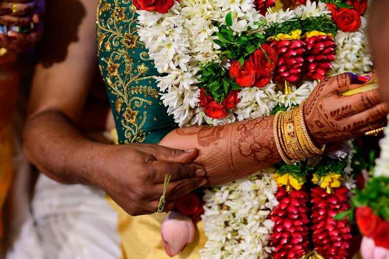 2019-12-Ganesh+Supriya-5290.jpg