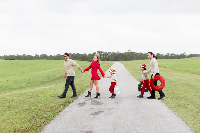 Augustin Family Holiday 2020-7.jpg