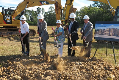 Courthouse annex groundbreaking