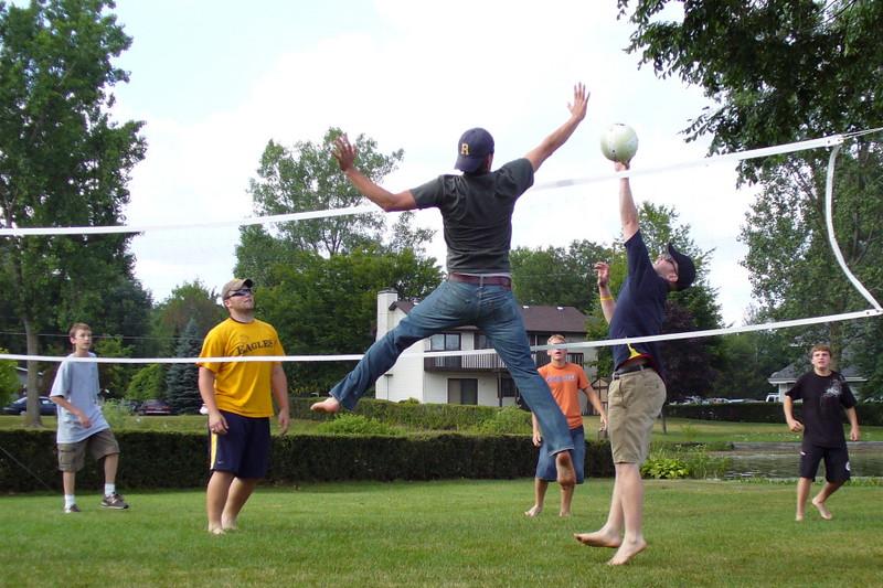 Volleyball_e.jpg
