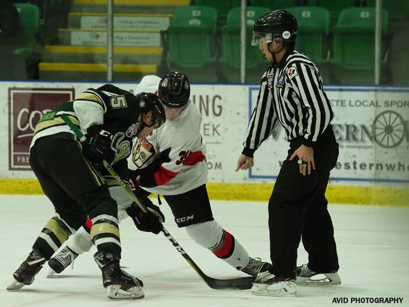 Okotoks Oilers vs Camrose Kodiaks Jan12 (39).jpg