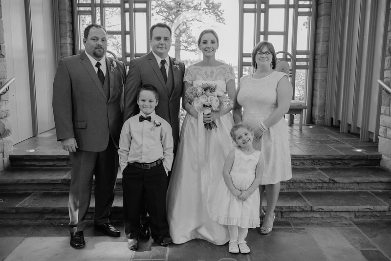 Amy+Andy_Wed-0426 (2).jpg
