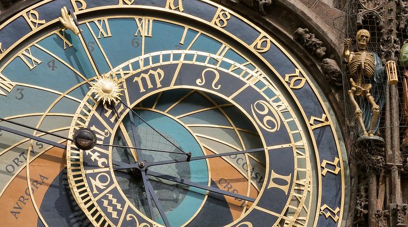 Prauge-clock.jpg