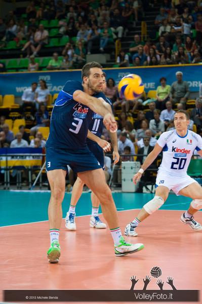 Simone Parodi [ITA] ricezione - Italia-Iran, World League 2013 - Modena