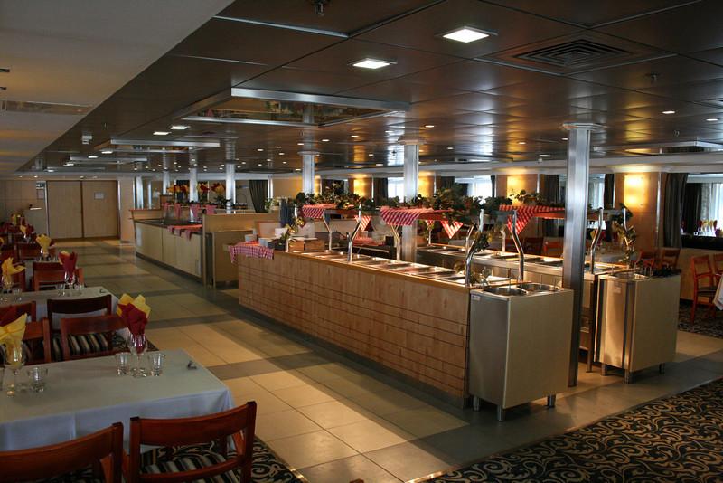 2011 - On board M/S KRISTINA KATARINA : buffet restaurant Polaris, deck 6.