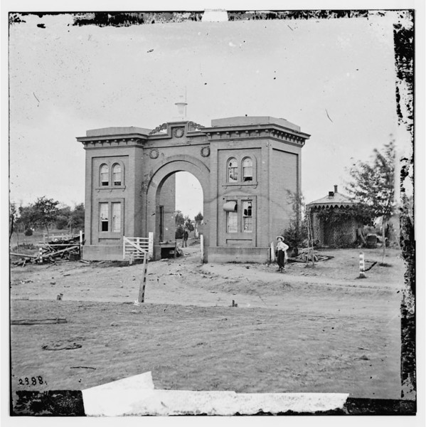 Cemetary Gatehouse.jpg