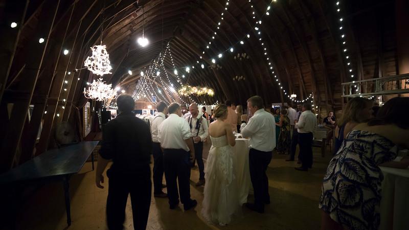 Garrett & Lisa Wedding (822).jpg