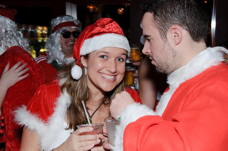 2009 ALS Santa Crawl-141.jpg