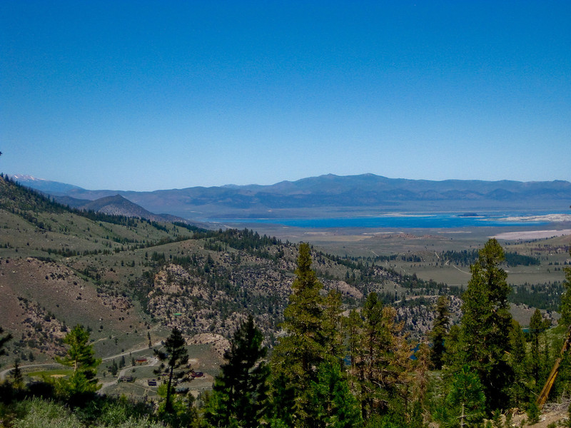 View on Mono Lake. See map Yellow line