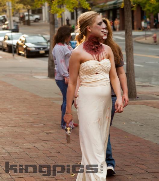 ZombieWalk2012131012168.jpg