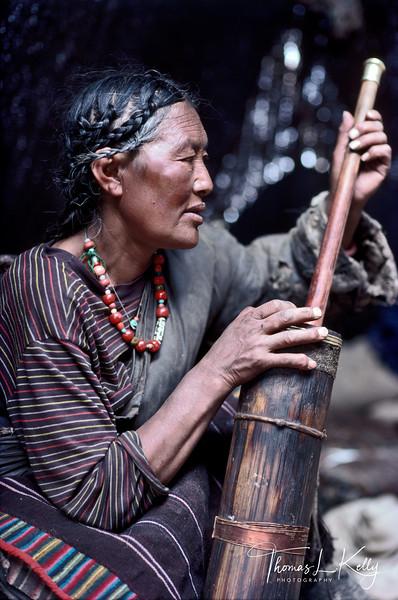 Tibetan-Woman_3.jpg