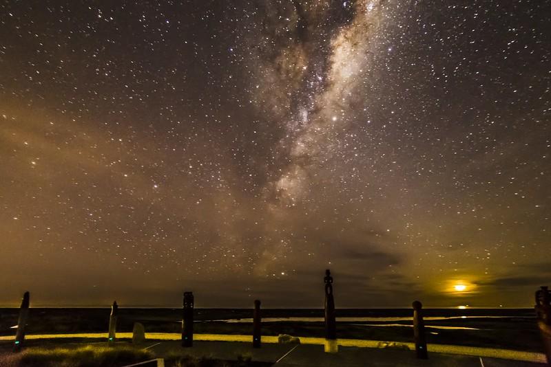 Napier_Park_Milky_Way_time_Lapse_h264-420_1080p_24_MQ.mp4