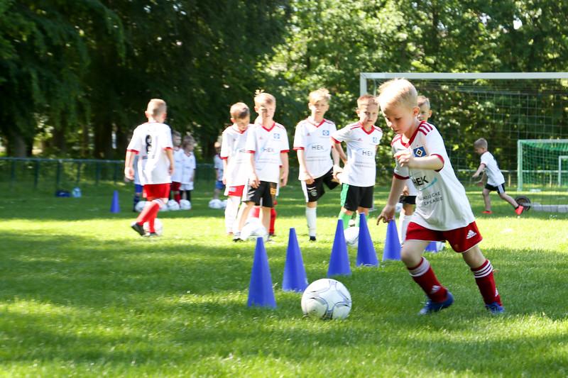 hsv_fussballschule-101_48048027207_o.jpg