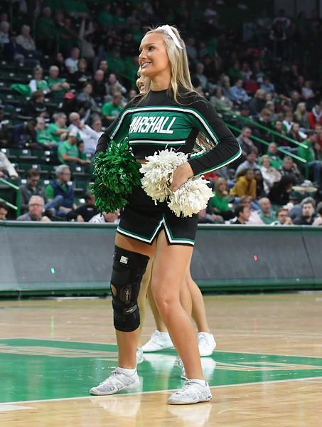 cheerleaders4709.jpg