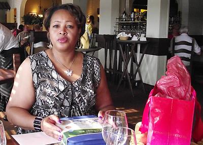 Terri Celebrates her Birthday at the Olive Garden 063012