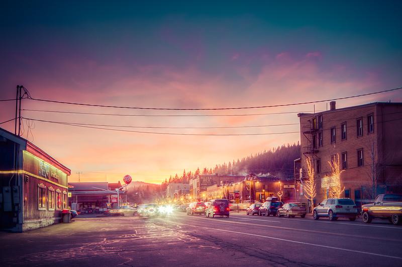 Truckee CA at night