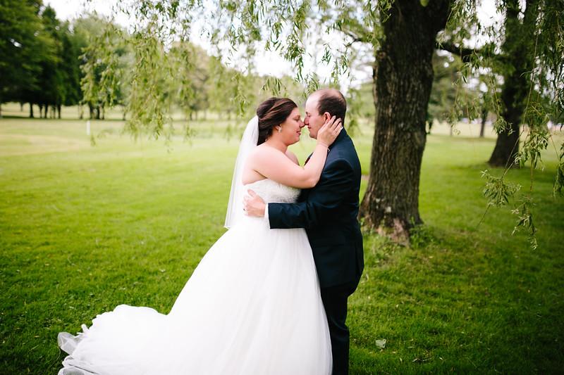amie_and_adam_edgewood_golf_club_pa_wedding_image-724.jpg