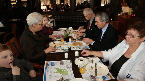 Ontbijt-mis-lunch en seniorenzitting 2011