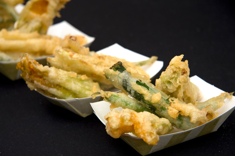 fritto-misto-battered-and-deep-fried-squash-blossoms-zucchini-beans-from-trattoria-nervosa_3623583972_o.jpg