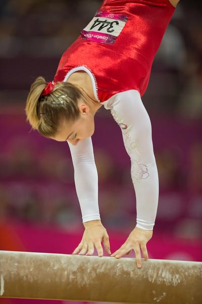 __02.08.2012_London Olympics_Photographer: Christian Valtanen_London_Olympics__02.08.2012_D80_4616_final, gymnastics, women_Photo-ChristianValtanen