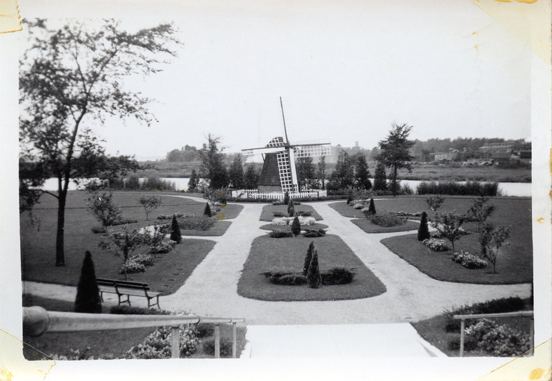 Holland Mi Sept 1938.jpg