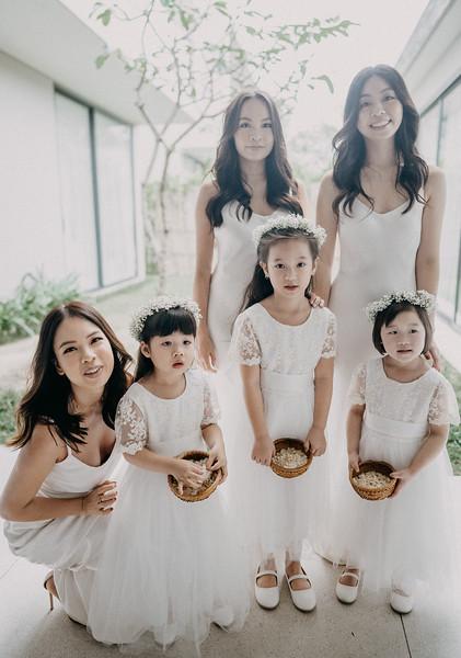 Kelly & Kenny Đà Nẵng destination wedding intimate wedding at Nam An Retreat _7R31213andrewnguyenwedding.jpg