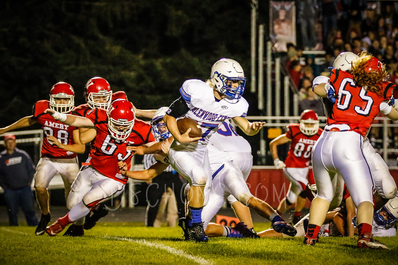 GC Football vs Amery-2732.JPG