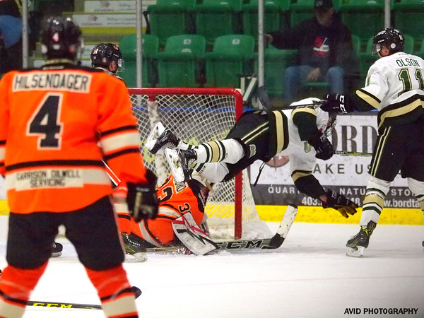 Oilers vs Lloydminster Bobcats