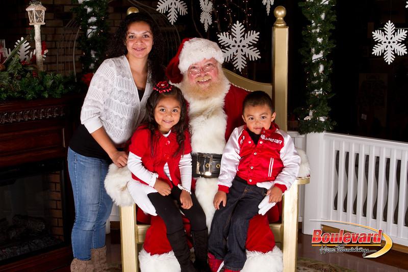 Santa Dec 15-102.jpg