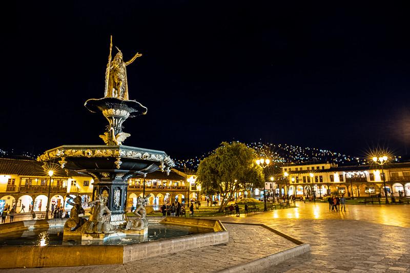 Pachacuti statue Cusco.jpg