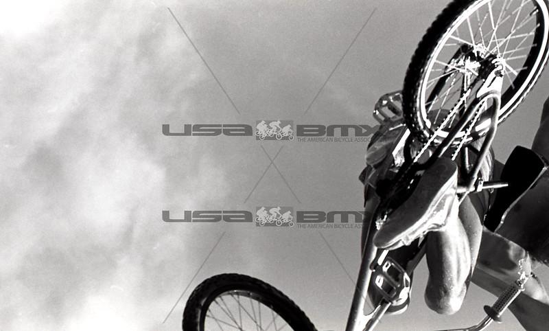 1984-River Jump293.jpg