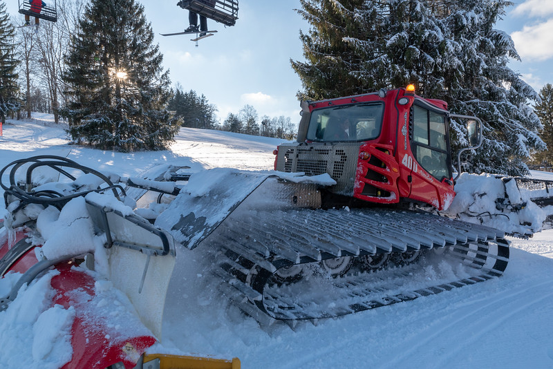 Opening-Day_12-7-18_Snow-Trails-70710.jpg