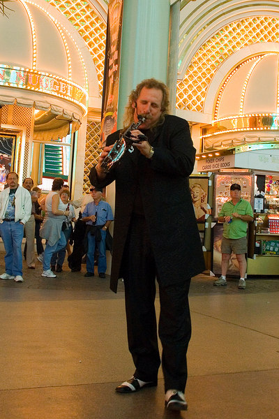 Live entertainment on Fremont St.