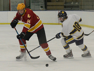 Rough first period dooms Avon Lake against Olmsted Falls