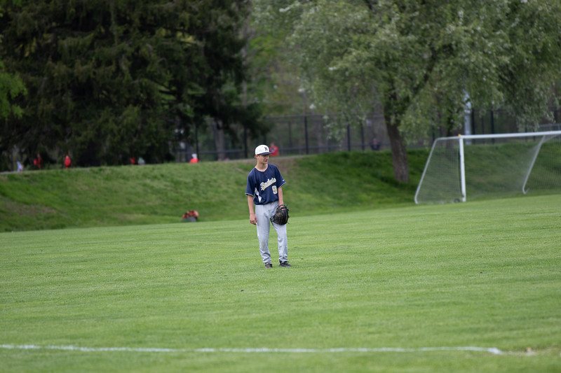 nhs_baseball-190515-207.jpg