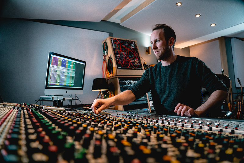 Tom Bish Studio 2019-5.jpg